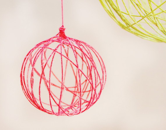 """Hostess with the mostess"" HWTM diy yarn tutorial chandelier"