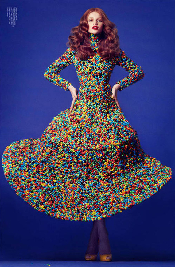 Virgine, m&m's, fashion, sculpture